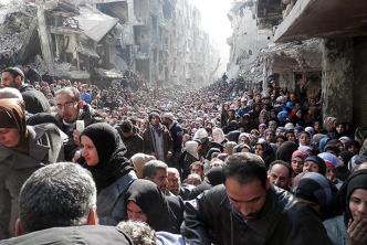 """بموجب """"الدراسة الأمنية"""".. الأونروا تستأنف إغاثة اللاجئين الفلسطينيين جنوب دمشق"""