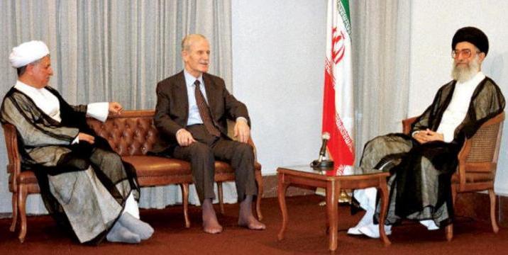 كيف ساهمت السعودية في حل أزمة الصواريخ بين النظام وإسرائيل؟