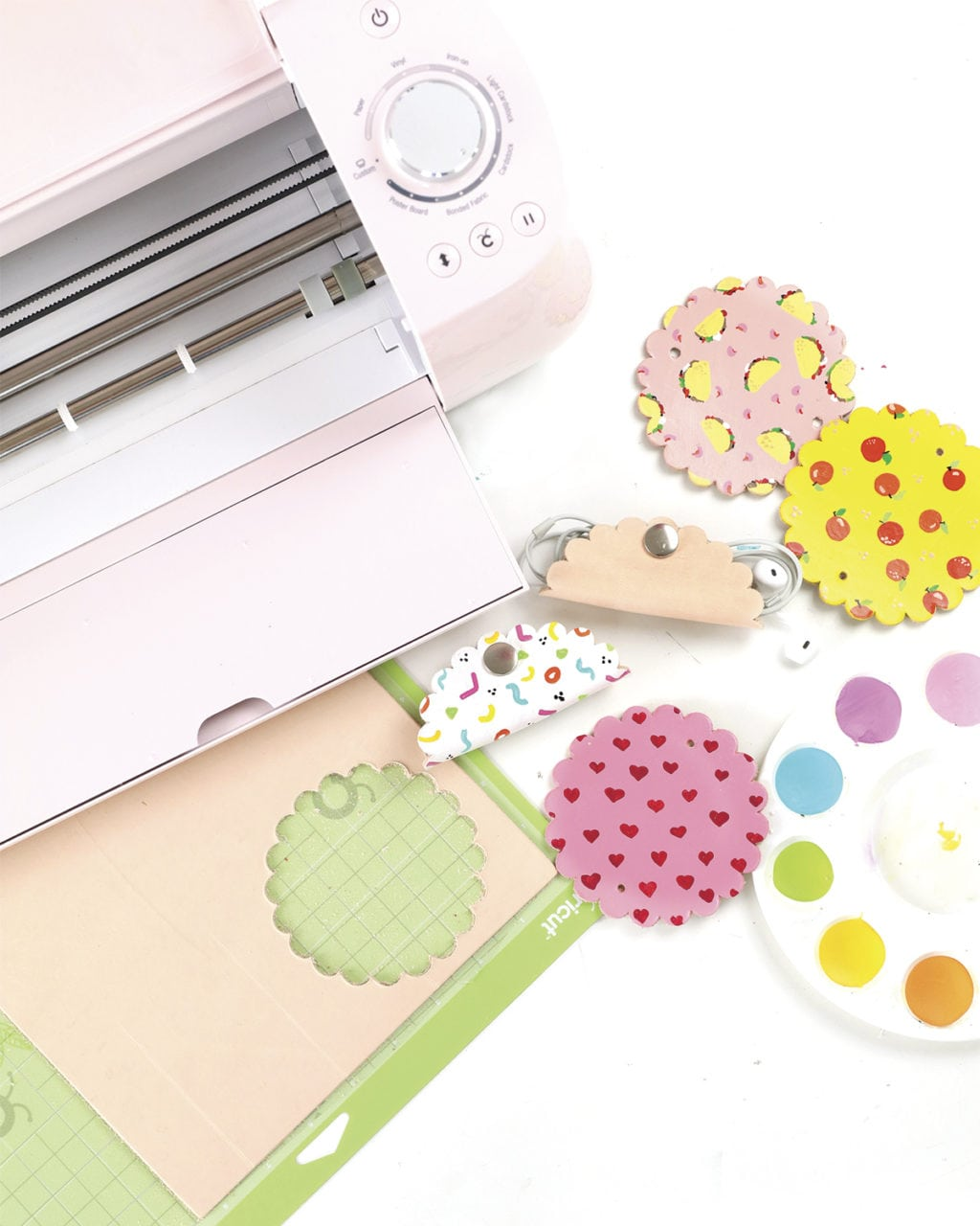 Damask Live Cutting Leather With The Cricut Explore