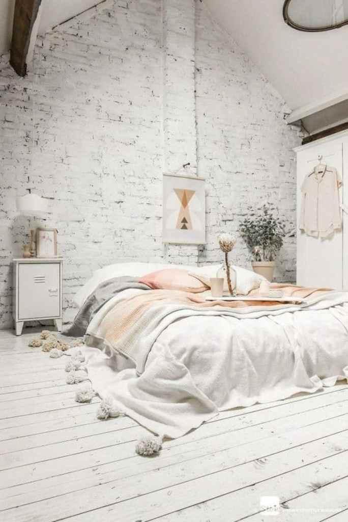 chambre briques blanches