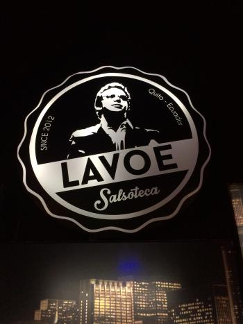 Salsoteca Lavoe in northern Quito is one of those places which prohibit beer on the floor.
