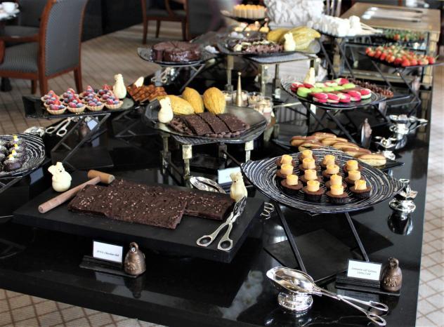 sukhothai lobby salon chocolate buffet table