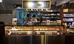 cacao boom seoul hongdae chocolate shop truffles display case