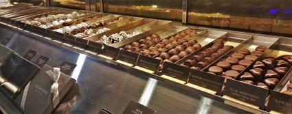 cacao boom seoul hongdae chocolate shop truffles display closeup