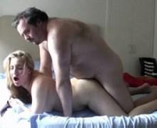 Chlupatý strejda a Karen