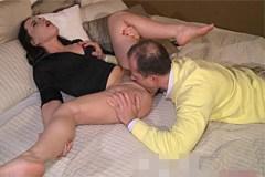 George Uhl má v posteli nevyholenou milfku Wendy – české porno