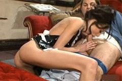 Majitel panství vymrdá uklízečku (Layla Rivera)