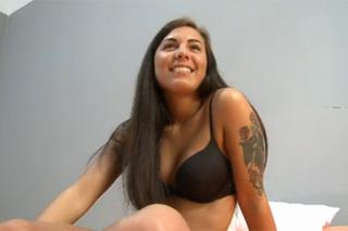 Usměvavá česká kráska Brazillia zkusí anál na castingu