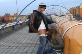 Venkovní sex na pražském sídlišti