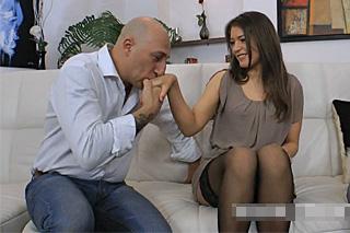 Omar Galanti přivede Savannah Secret k výstříku během análního sexu!