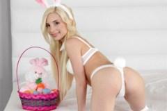 Blonďatý velikonoční zajíček Piper Perri si krásně zašuká!