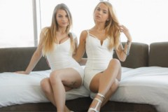 Romantická trojka se sestřenicí (Sydney Cole a Alina West)