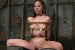 Veronica Jett podstoupí nejdrsnější sex svého života – BDSM porno