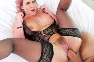 Phoenix Marie lesbické pornovysoká škola porno sex party