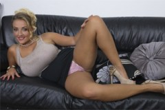 Česká sexuální bohyně Krystal Swift!