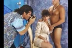 Sarah Young: Dvojitá penetrace majitelky modelingové agentury!