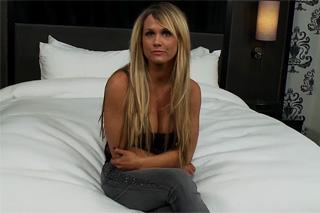 Porno debut atraktivní americké maminy!