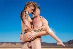 Amatérka Kimber Veils natočila sex v poušti pro studio Brazzers!