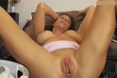 Pornokalendář DV (Jaroslav, 27.4.) – Vyčerpávající orgasmus půvabné Mandy Flores