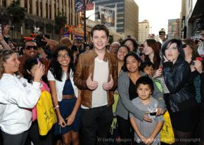 Damian and fans at Forever Young autograph signing
