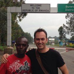 Razglednica iz najurednijeg grada u Africi: U Kigaliju građani sami čiste ulice