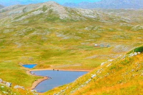 Sinjajevina zaslužuje stočare, planinare, Bera Grilsa… a ne oružje i vojne poligone
