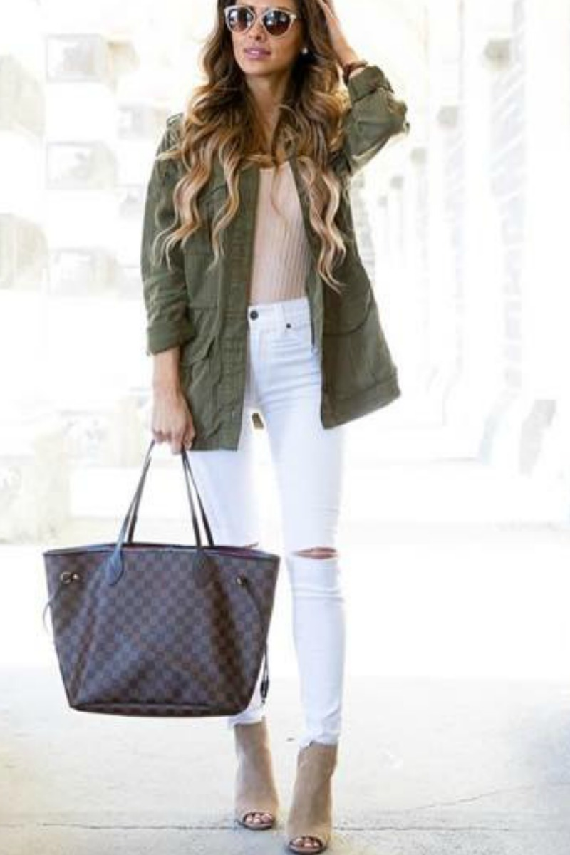 fall-winter-outfit-ideas-casual-open-toe-ankle-boots-green-jacket
