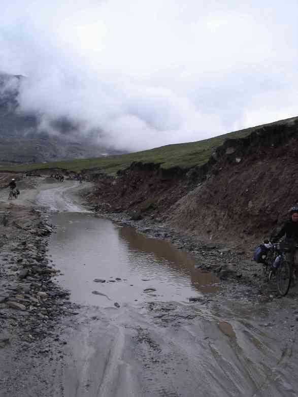 Descending Rohtang La