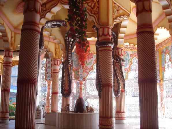 A wild temple in Bhagsu
