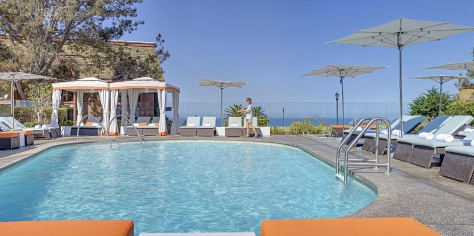 L'Auberge_Pool_Cabana_Tight
