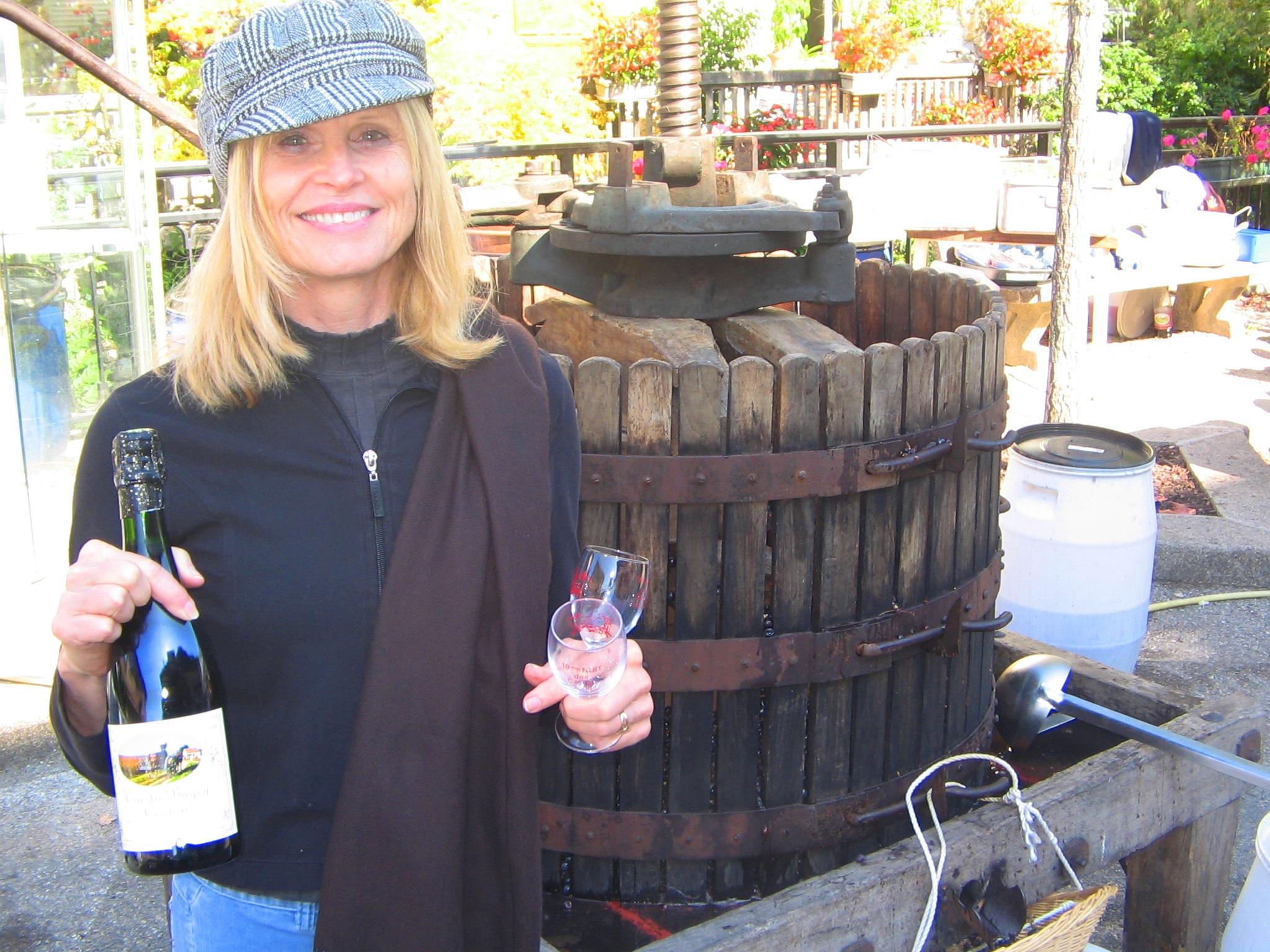 Wine & woman sparkle....