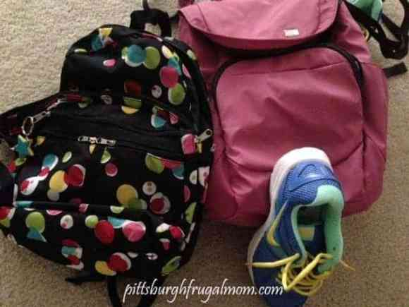 backpack, disney, universal, orlando, emergency supplies, water, rain, pittsburgh frugal mom, pencils, pens, raincoats, money, credit cards, phone cords,