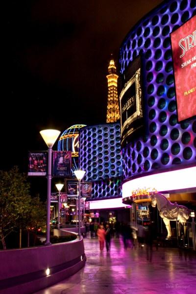 Vertical Waves in Vegas
