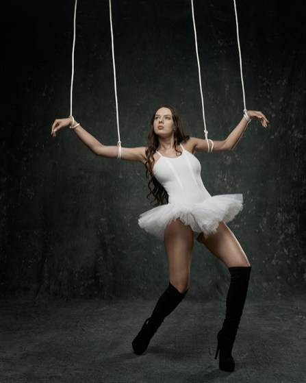 String puppet 01 BWC