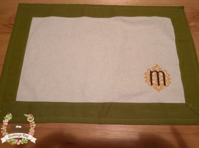 green placemat - m