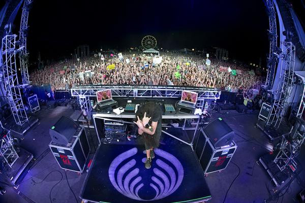 bassnectar family photo