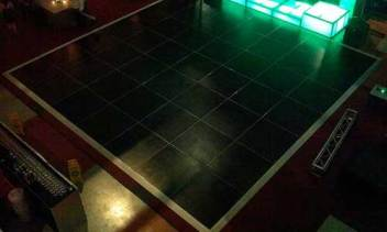 portable-black-dance-floor-rental