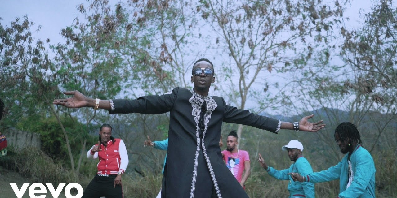 Chi Ching Ching ft. Stonebwoy – No Weakness – Official Music Video