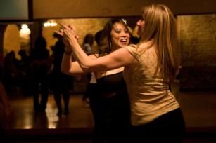 salsa dancing austin saturday night