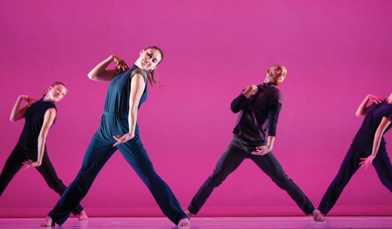 Ballet Kelowna in Alysa Pires' Mambo Photo: Bruce Zinger