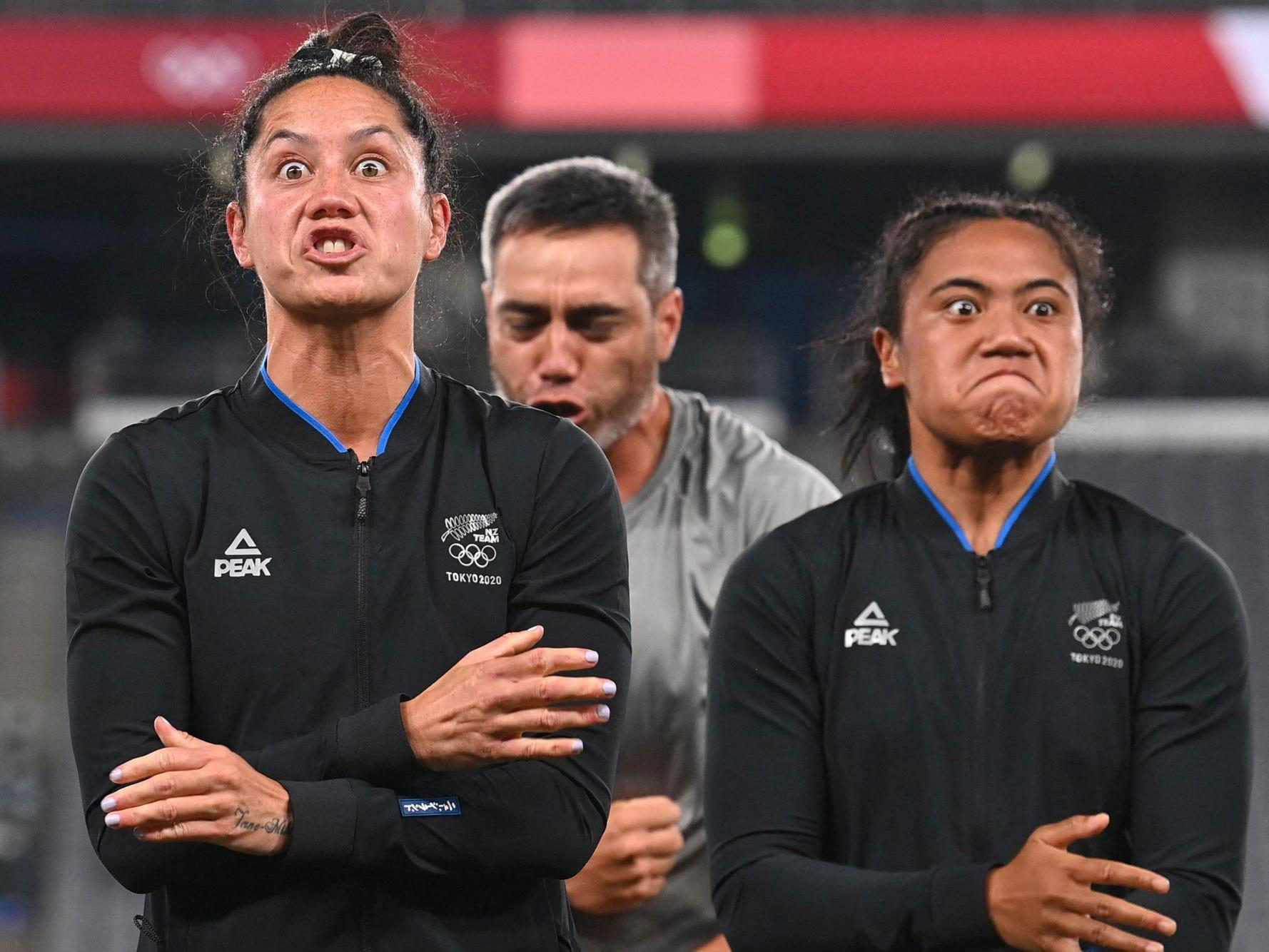 New Zealand's women's rugby won gold and unleashed an emotional haka, a traditional Māori celebration dance
