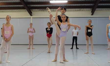 Dusty Button with students at International Ballet Workshops. Photo courtesy of IBW.