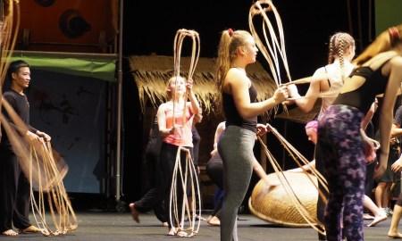 À Ố Làng Phố workshop. Photo by Elizabeth Ashley.