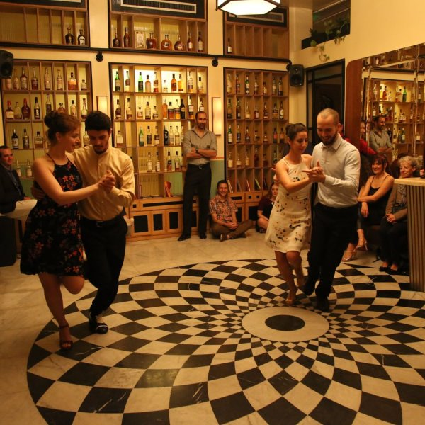 Tango show at Salon Beyrouth