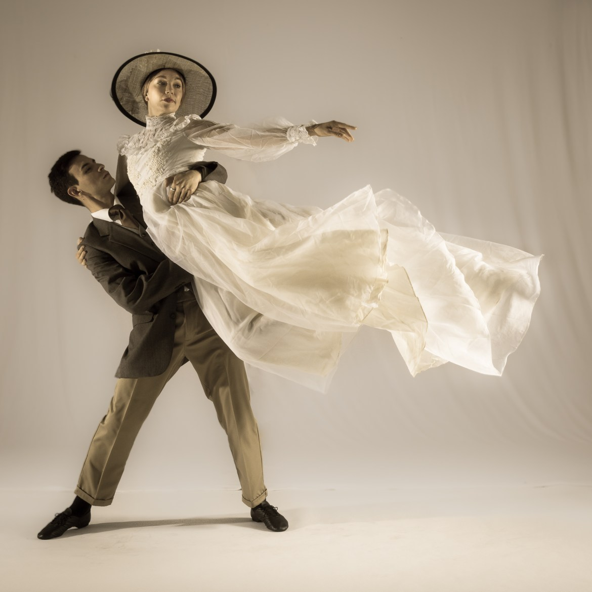 """The Big Muddy Dance Company """"Lemp Legends: A Ghost Story"""" (Photo by Gerry Love)"""