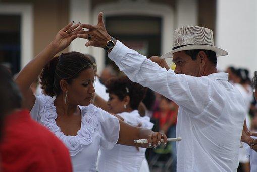 ballroom dance technique in latin dancing