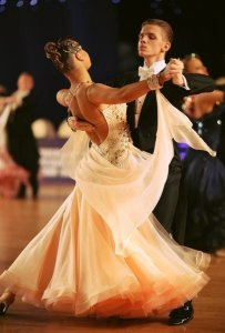 avoid ballroom dance pain by keeping a straight back