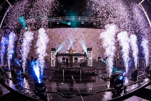 Zedd floods The Brooklyn Mirage with color during venue debut | Images by Alive CoverageZEDDMIRAGE2021 0710 014542 3366 ALIVECOVERAGE