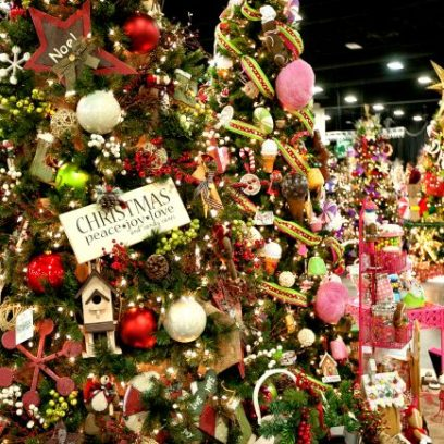 gatlinburg-Festival-of-Trees-2-650x434