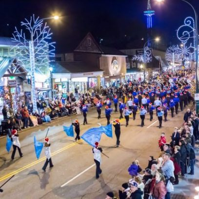 gatlinburg-festival-of-lights-parade1
